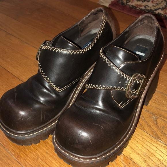 lei Shoes   Lei Brown Platform Shoes